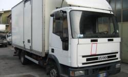 camion-usato-con-pedana-o-sponda-idraulica-di-sollevamento-merci